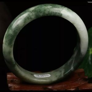 Jewelry - Chinese Natural Genuine Green Jade Bracelet